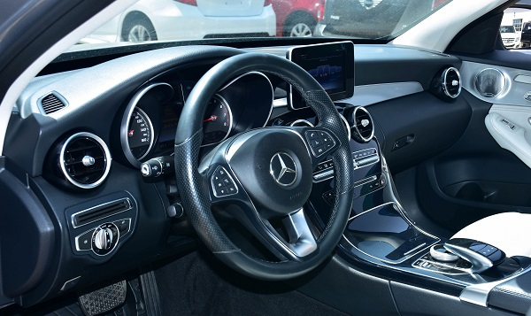 2015 Mercedez Benz C300