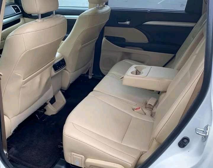 Mercedez Benz GLA